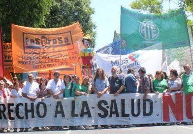 """El Movimiento por el derecho a la Salud denunció que el Ministerio de Salud """"chantajea a las Provincias por la implementación de la CUS""""."""