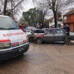 Chocan dos autos en Longchamps