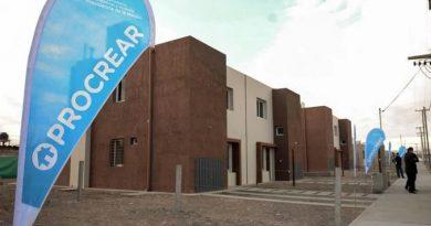 Ferraresi firmó convenios para la implementación de Procrear II con intendentes bonaerenses