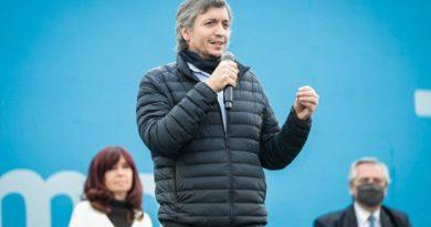 """Para Máximo Kirchner, en las elecciones """"se enfrenta un modelo que incluye con otro que excluye"""""""
